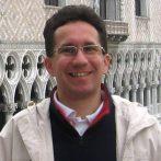 A kassai hadszertártól a pozsonyi koronázásokig – interjú Pálffy Gézával