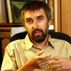 """""""A kíváncsiság hajt előre"""" – interjú Simon Attilával"""
