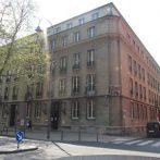 Szembenézni a múlttal – egy terhelt múltú ház Kölnben