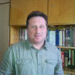 Kutatás, tudásátadás és a hallgatók segítése – interjú Barta Róberttel