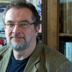 """""""Nem dolgozom az asztalfióknak"""" – interjú Hahner Péterrel"""