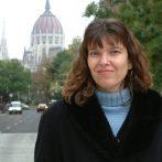 Nő- és neveléstörténet felsőfokon – interjú Kéri Katalinnal