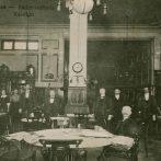 Kinek a kávéház, kinek a kocsma – A középosztály és az alsóbb osztályok szórakozása Pécsett az 1920-as években
