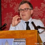 "Bíboros protektorok, a ""monarchiák őrangyalai"" – interjú Matteo Sanfilippóval"