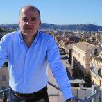 """""""Ha erre az útra lépnek, próbálják megőrizni a bennük rejlő szenvedélyt"""" – interjú Andreides Gáborral"""