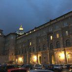 Vatikáni Titkos Levéltár. Élt 400 évet?