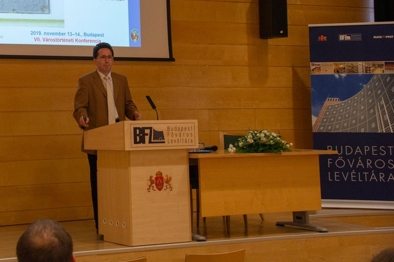 A városok jogi helyzete, országrendisége és hatalmi reprezentációja a közép- és kora újkorban