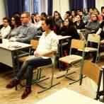 Tanári összefogás nélkül nincs esély minőségi változásra – Pécsi kerekasztal az új NAT történelem tantárgyi részéről