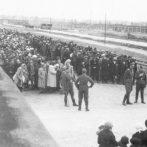 """""""Felboncoltam őket… igen, tényleg egészségesek voltak."""" – Josef Mengele áltudományos kísérletei Auschwitzban"""