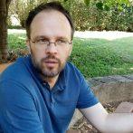 """""""A herendi porcelán közel kétszáz éves történetében szinte mindenre volt példa"""" – interjú Szűts István Gergellyel"""
