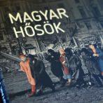 """""""Hogy helytállóink emléke velünk maradjon."""" – a Magyar Hősök című kötet online bemutatójáról"""