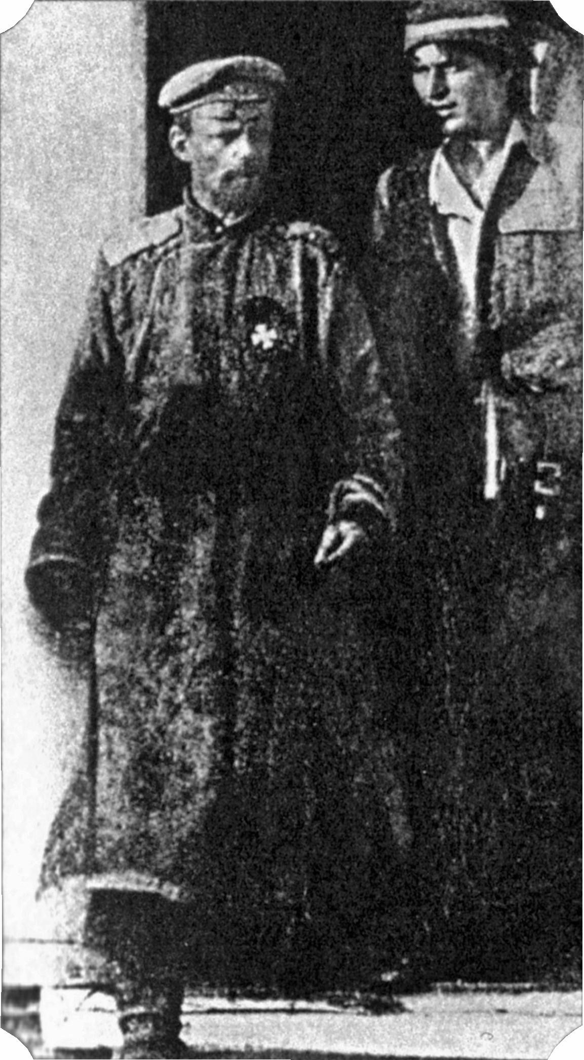 Dzsingisz kán állítólagos leszármazottja fogságban. Forrás: Wikipedia
